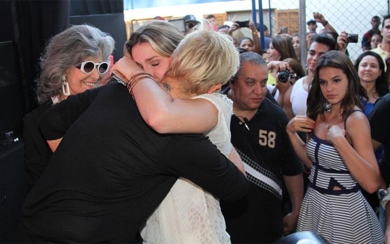 28.out.2014 - Sasha se emociona no evento que comemora os 25 anos da Fundação Xuxa Meneghel. A instituição, mantida por Xuxa, atua na defesa e proteção dos direitos da criança e do adolescente, em Pedra de Guaratiba, na Zona Oeste do Rio de Janeiro