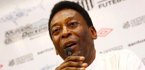 Pelé mantém segue com boa evolução de seu quadro clínico após suspensão da hemodiálise