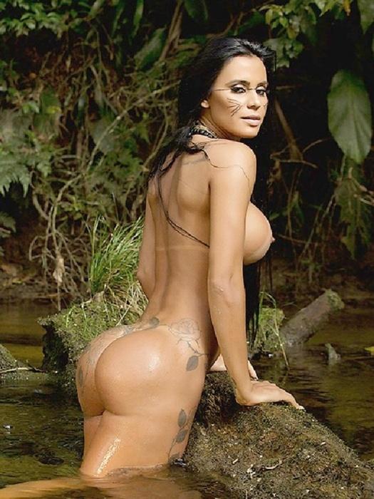 20.mar.2015 - Lorena Bueri tem 26 anos e é modelo
