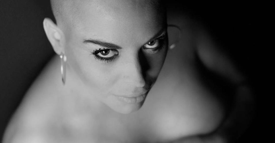 14.mar.2016 - Em entrevista ao tabloide Daily Mail, Jessica Lopes deixou claro que não vai parar com as plásticas mesmo depois do câncer no colo do útero.