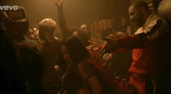 """19.fev.2016 - Rihanna divulgou um trecho do clipe de """"Work"""", faixa que está em seu novo disco """"Anti"""""""