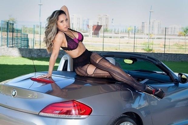 3.mai.2016 - Renata Frisson, também conhecida como Mulher Melão, posou para um ensaio esbanjando sua sensualidade e contou um dos lugares que mais gosta de fazer sexo ao Ego.