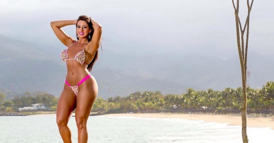 15.dez.2015 - A modelo Thais Eid revelou que pretende seguir carreira artística depois do título de Musa do Brasil