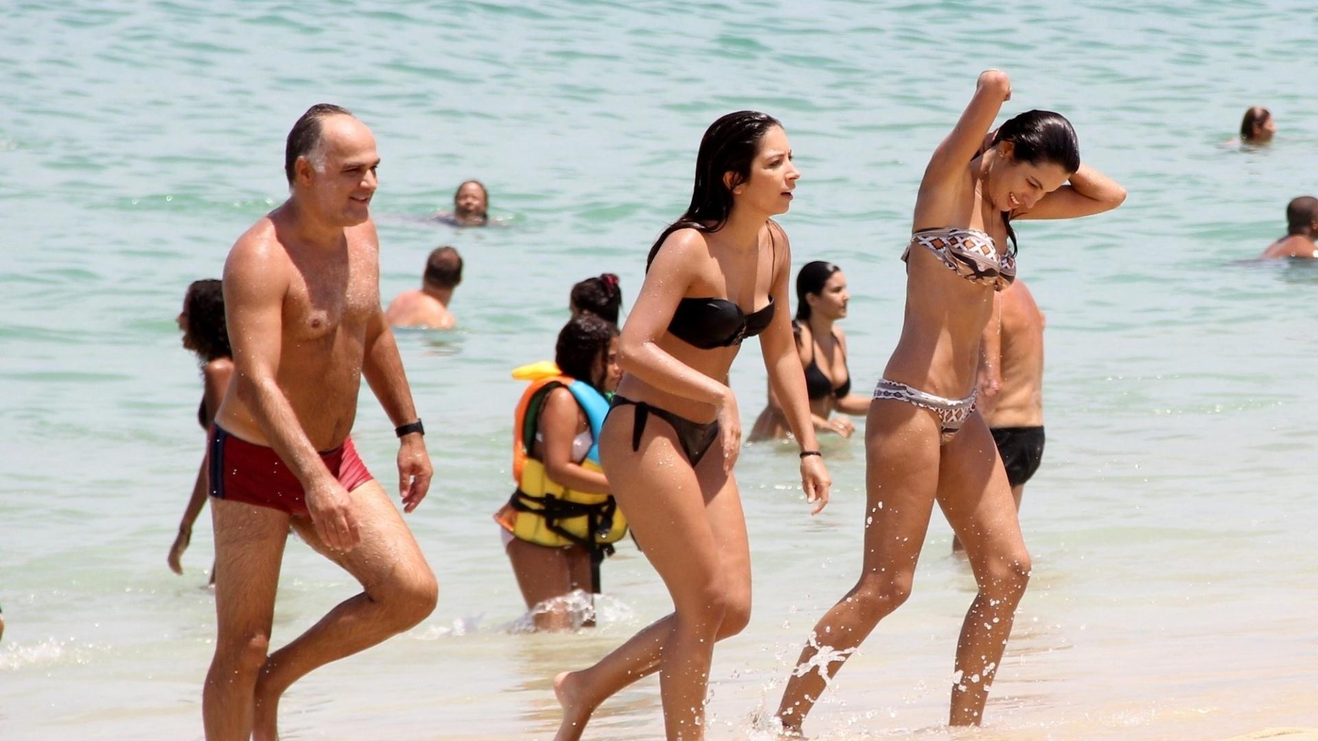 29.fev.2016 - A nova forma de Patrícia Poeta chamou a atenção dos telespectadores da Globo, que comentaram na internet que a apresentadora do