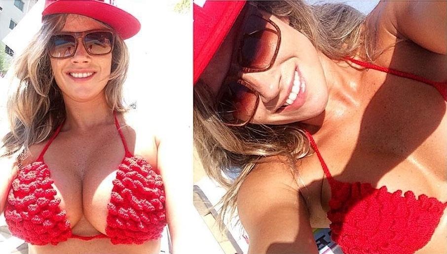 5.fev.2016 - A ex-BBB Fani Pacheco deu um presente em dose múltipla para os seguidores no Instagram, a loira publicou uma montagem com várias fotos em que aparece usando um biquíni vermelho. Com um belo decote, Fani adiantou que gravou para o programa