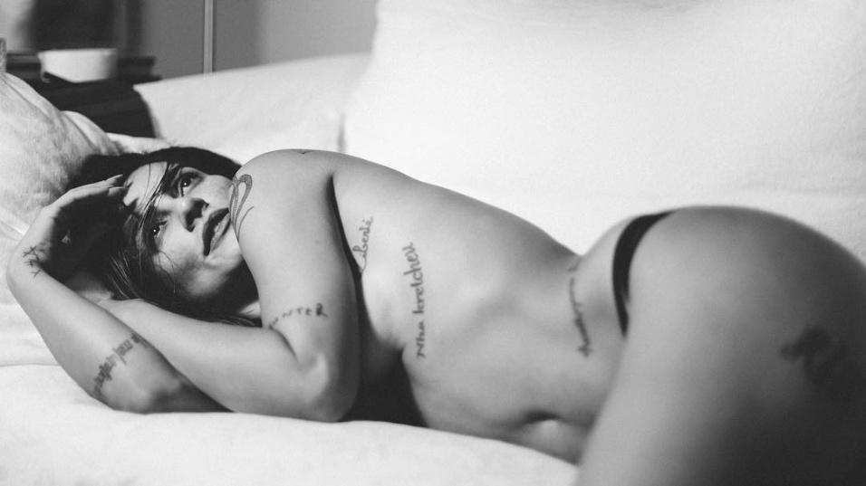 """6.out.2016 - Cleo Pires posa para o projeto """"Essa Minha Mulher"""""""