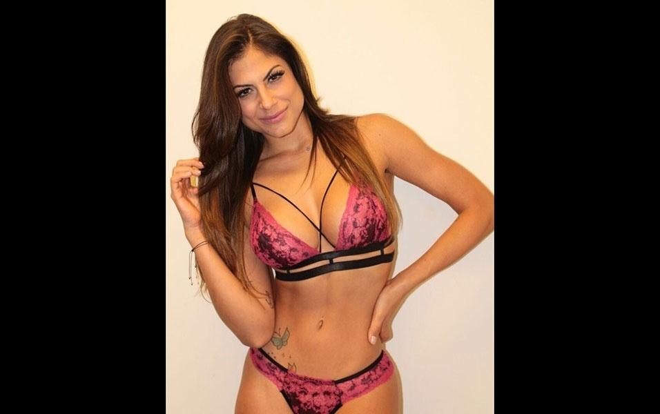 22.abr.2016 - A panicat Mari Gonzalez lançou um linha de lingeries e fez um ensaio para exibir as peças da coleção. Ao EGO, a gata revelou que tem mania por lingeries.