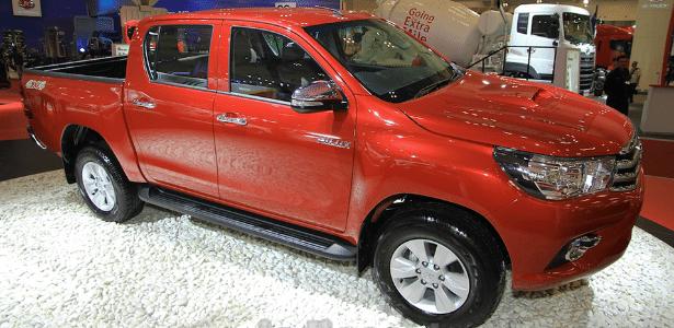 Nova Toyota Hilux anda como carro de passeio e parte de R$ 114.860,68