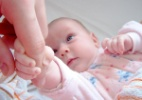 Fases do crescimento e desenvolvimento modificam sono do bebê e da criança - Freeimages