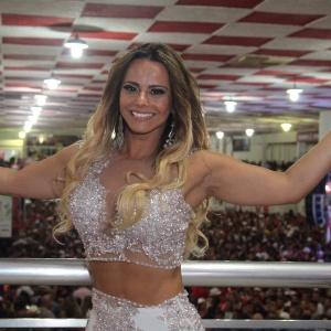 Viviane Araújo viverá ex-passista em novela das sete