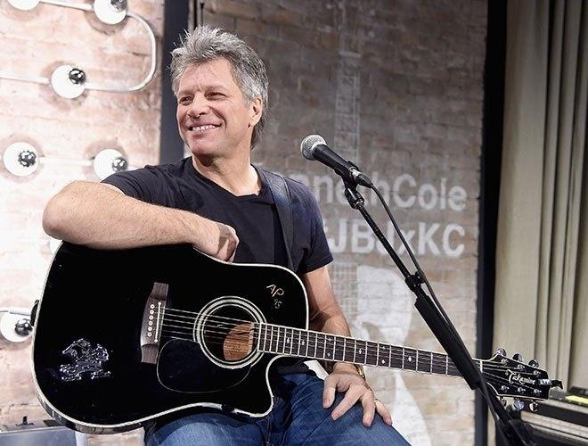O vocalista Jon Bon Jovi, que prepara novo álbum para agosto