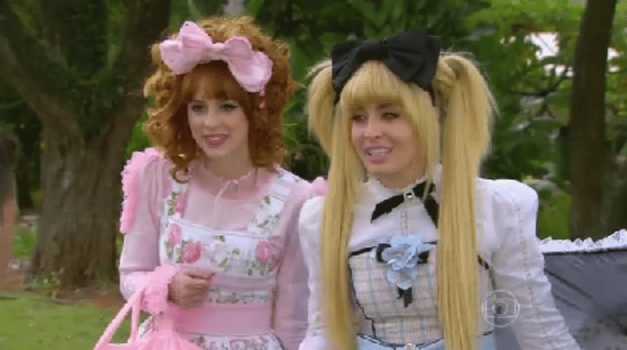 5.set.2015 - A apresentadora Angélica e a atriz Sophia Abrahão se caracterizaram de