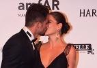 Em festa com presença de Grazi, Cauã Reymond beija nova namorada - Léo Franco e Denilson Santos/AgNews