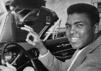 Muhammad Ali mostra sua relação com carros - Bud Kamenish/The Courier-Journal/USA Today Sports Image