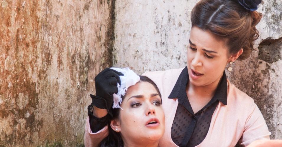 A vilã Maria Isabel, Thais Fersoza, em cena de trabalho de parto na novela
