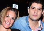 Evaristo Costa curte show com a mulher em SP - Leo Franco/AgNews