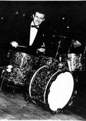 Andy White, baterista do primeiro hit dos Beatles, morre aos 85 anos