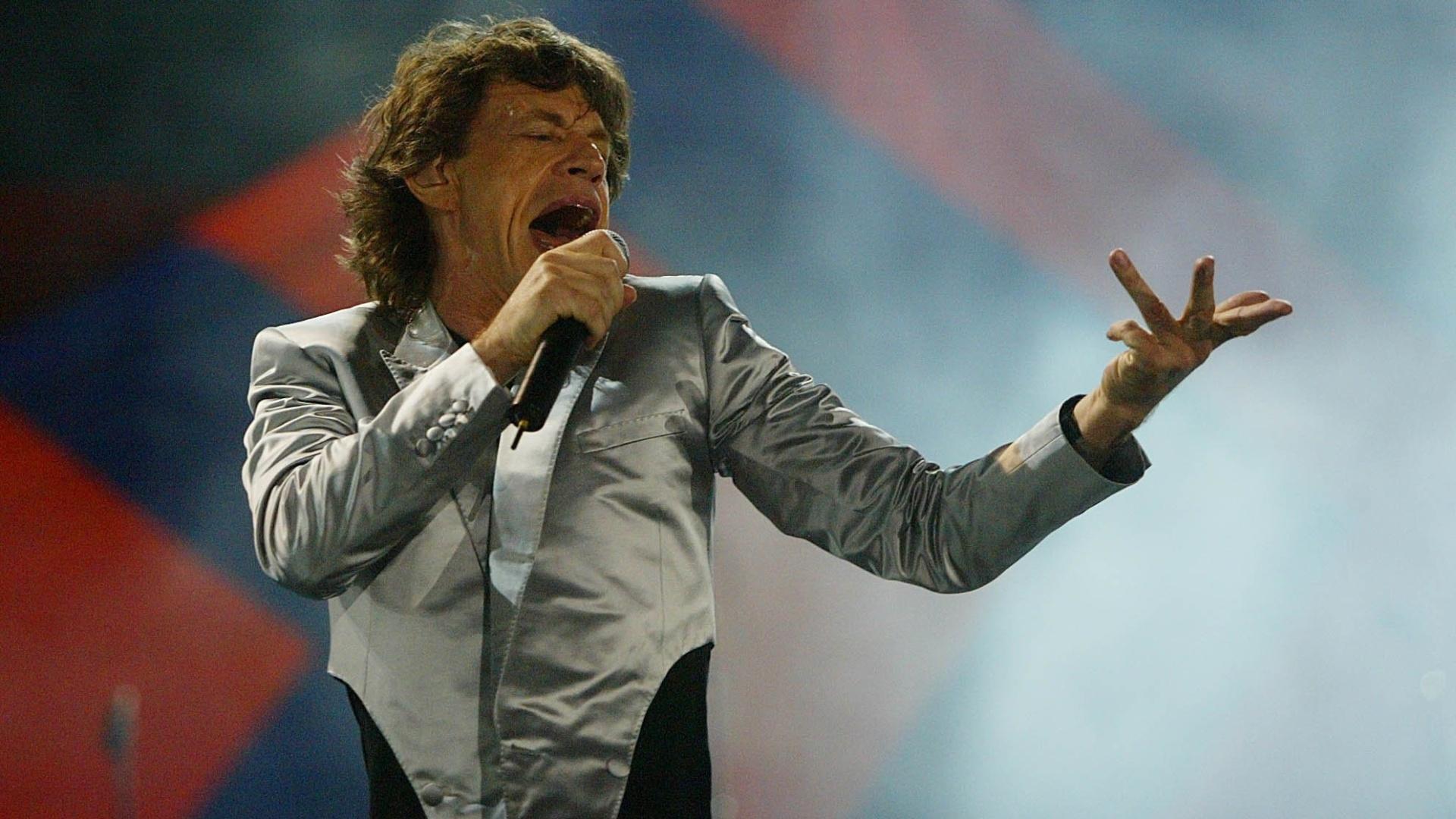 18.fev.2006 - Mick Jagger, vocalista dos Rolling Stones, durante show da turnê