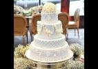Bolos de casamento com decoração floral são clássicos e nunca saem de moda (Foto: Casal Garcia)