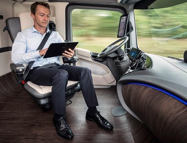 """Para empresas do país, a """"chata"""" arte de dirigir será substituída por carros conectados que permitirão acesso a diversos tipos de conteúdo"""