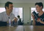 Brinquedo promete apimentar relação de casais que namoram à distância - Reprodução/Youtube