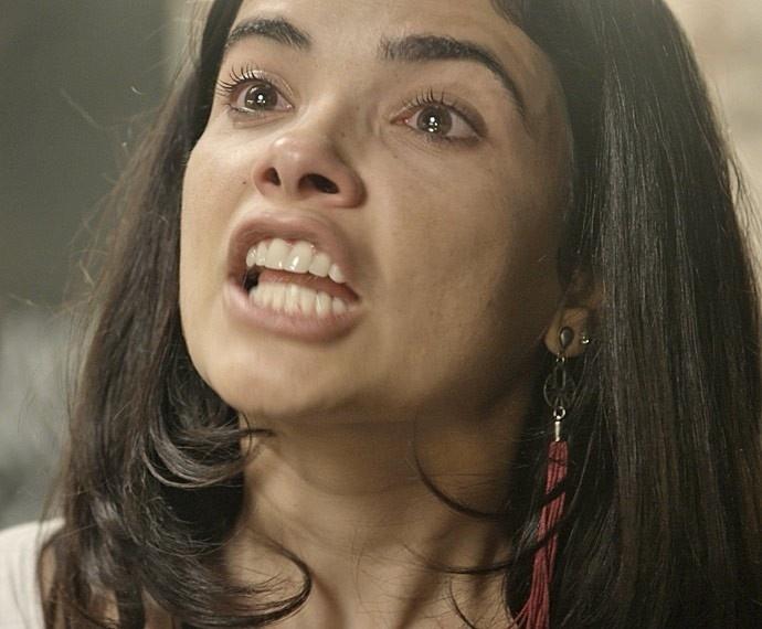 Tóia é enganada por Romero e acusa Juliano de ser um bandido