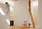 Madeira clara: 10 projetos e objetos apostam na elegância do material (Foto: Kai Nakamura/ Divulgação)
