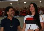 Graciele Lacerda chora em jogo do Flamengo e é consolada por Zezé Di Camargo - AgNews/Dilson Silva