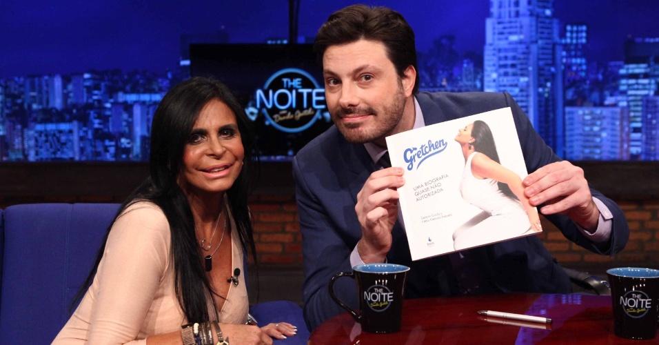 Gretchen lança biografia no programa