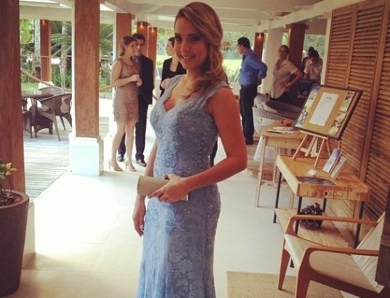 25.maio.2013 - Carol Dantas, ex-namorada de Neymar, prestigiou o casamento do jogador Paulo Henrique Ganso em Caraguatatuba, litoral de São Paulo