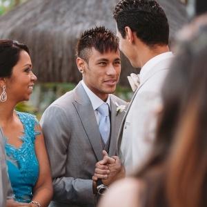 : Ganso se casa no litoral de São Paulo com Neymar como seu padrinho