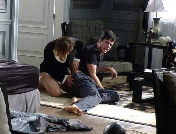 "Em ""Amor à Vida"", Jonathan faz armadilha e Félix leva o maior tombo"