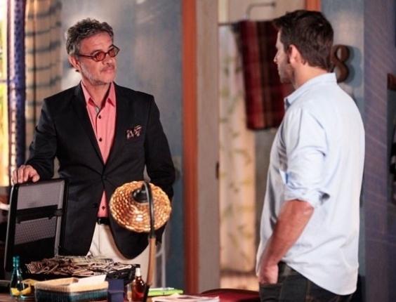 """Em """"Flor do Caribe"""", Cassiano corta relações com Duque ao saber que ele era sócio de Dom Rafael"""