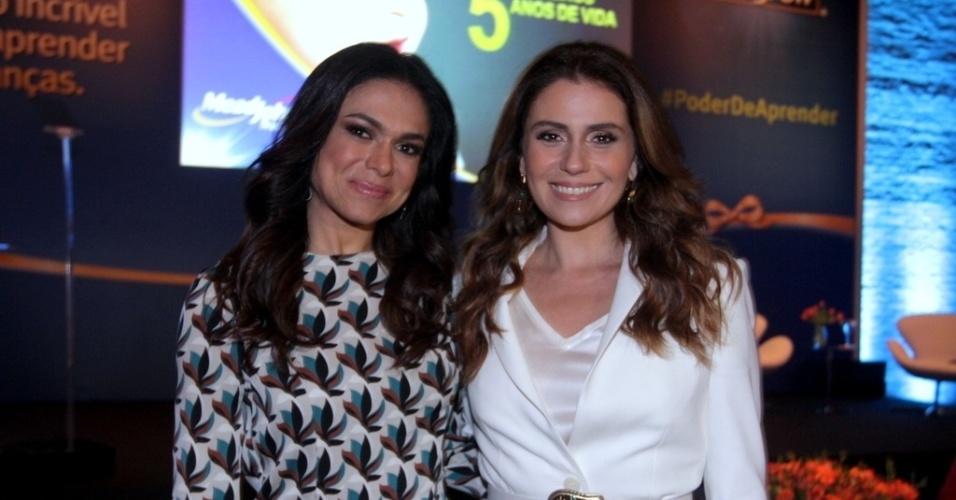 28.mai.2013 - Rosana Jatobá e Giovanna Antonelli vão a evento em São Paulo