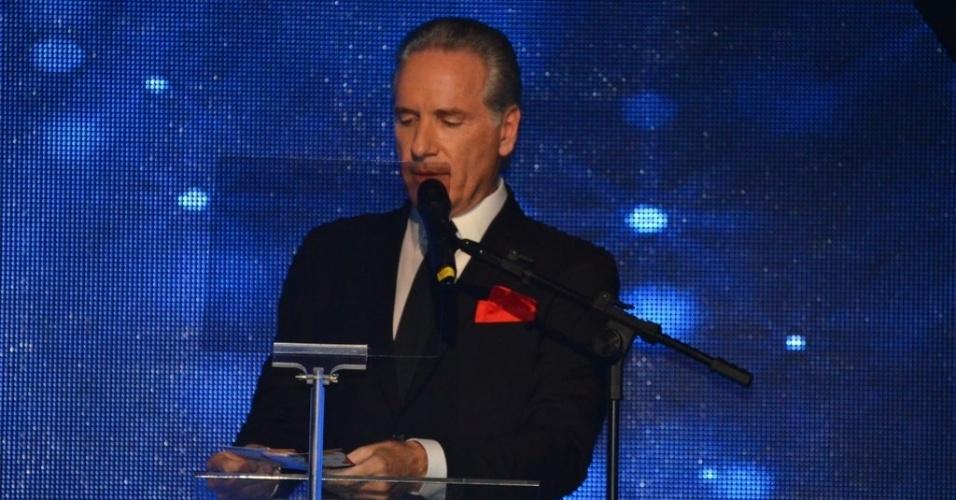 28.mai.2013- Roberto Justus apresenta a festa de 50 anos de Xuxa, em hotel de São Paulo