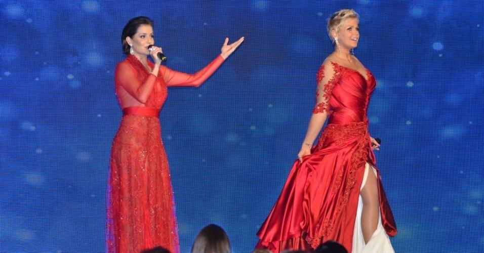 28.mai.2013- Xuxa com Deborah Secco na festa de 50 anos da apresentadora, em São Paulo