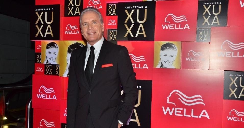 Roberto Justus foi um dos mestres de cerimônia da festa de 50 anos de Xuxa, em São Paulo