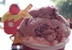 Fa�a um boneco de papel 3D de Casquinha, a sorvete espi� de Foodland