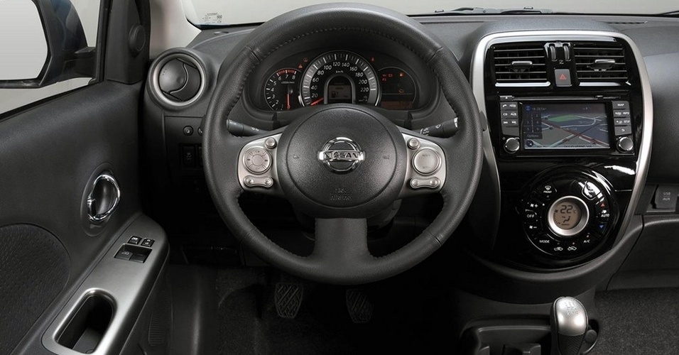 2014 Nissan March Interior