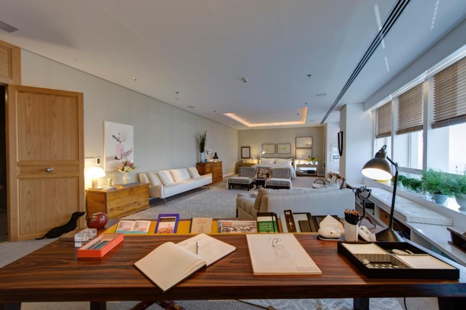 Livros decoram ambientes de maneira criativa e até mesmo