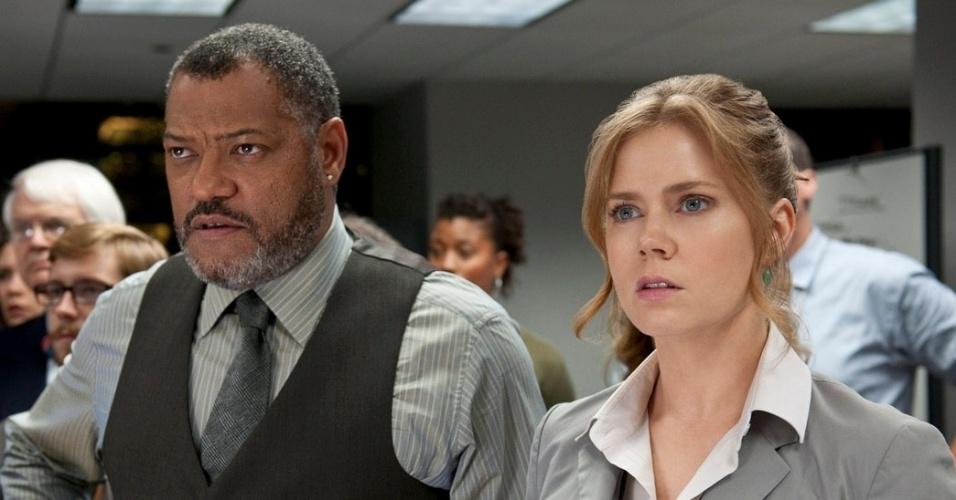 """Laurence Fishburne e Amy Adamn no filme """"Homem de Aço"""", dirigido por Zach Snyder"""