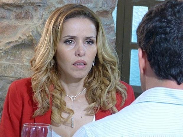Em Amor à Vida, Glauce insinua para Bruno que Paloma pode ser a verdadeira mãe de sua filha