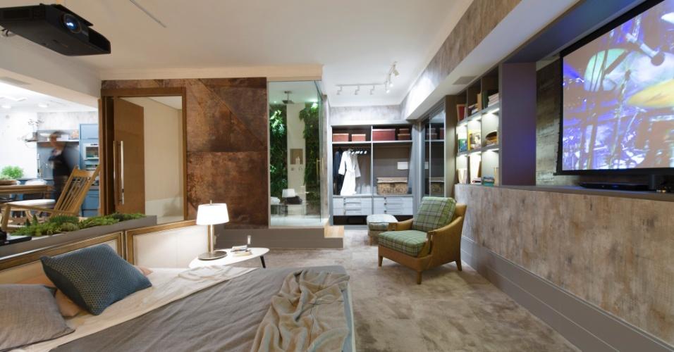 Para a mostra, o escritório In House Designer de Interiores desenhou um loft multifuncional para um casal. Apesar da decoração em cores neutras, o quarto é marcado por um mix de texturas. A 27ª Casa Cor SP segue até dia 21 de julho de 2013, no Jockey Club de São Paulo