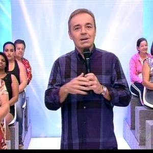 http://imguol.com/c/entretenimento/2013/06/09/9jun2013---gugu-liberato-comanda-o-ultimo-programa-do-gugu-na-record-1370817094889_300x300.jpg