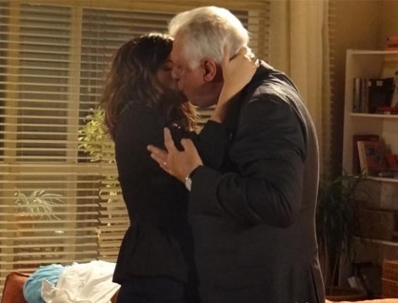 """Em """"Amor à Vida"""", César e Aline têm primeira noite de amor"""
