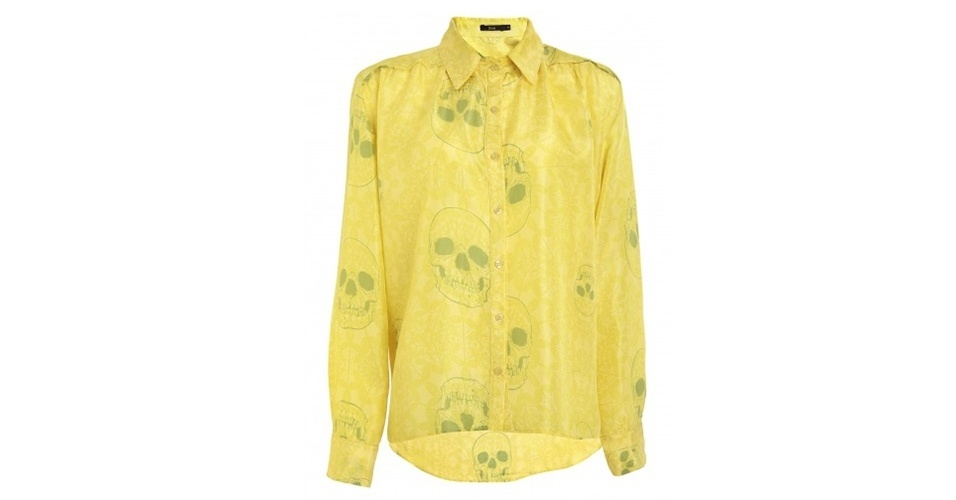 Camisa de seda com estampa de caveiras; R$ 279,20, da Zeit no Shop2gether (www.shop2gether.com.br) Preço pesquisado em junho de 2013 e sujeito a alterações