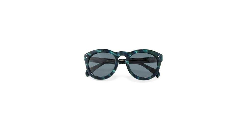 Óculos escuros com armação verde; R$ 259,90, na Arezzo (www.arezzo.com.br) Preço pesquisado em junho de 2013 e sujeito a alterações