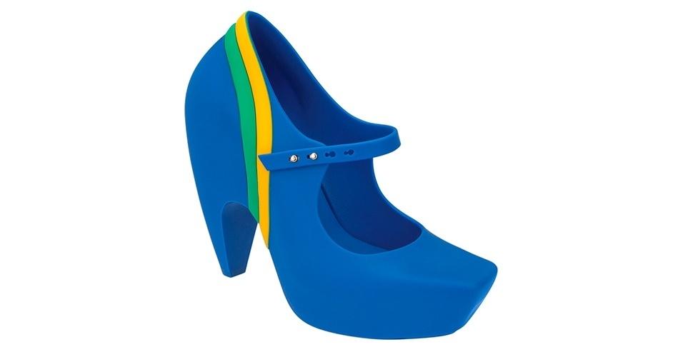 Sapato com as cores da bandeira brasileira desenhado por Karl Lagerfeld para a Melissa; R$ 219, na Dona Coisa (Tel.: 21 2249-2336) Preço pesquisado em junho de 2013 e sujeito a alterações