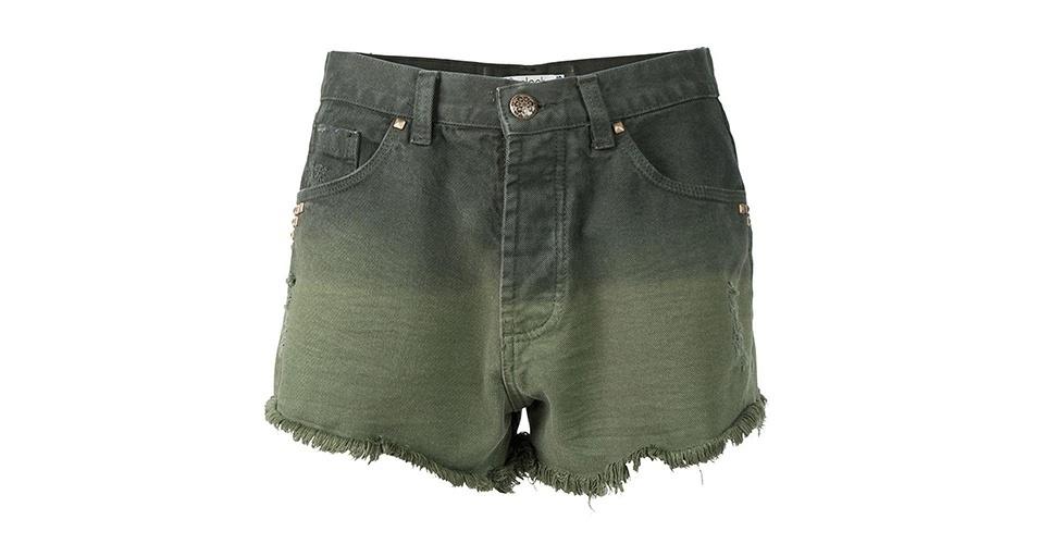 Shorts verde modelo boyfriend; R$ 139,90, no Olook (www.olook.com.br) Preço pesquisado em junho de 2013 e sujeito a alterações