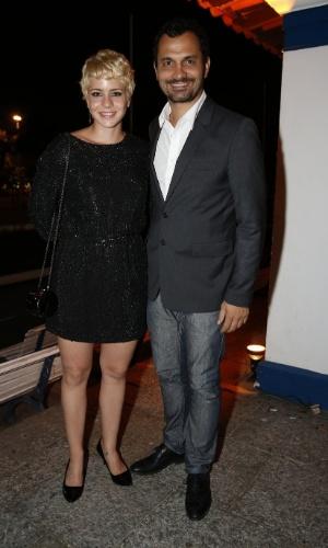 12.jun.2013 - Leandra Leal e Alê Youssef chegam à festa do Prêmio da Música Brasileira, no Rio